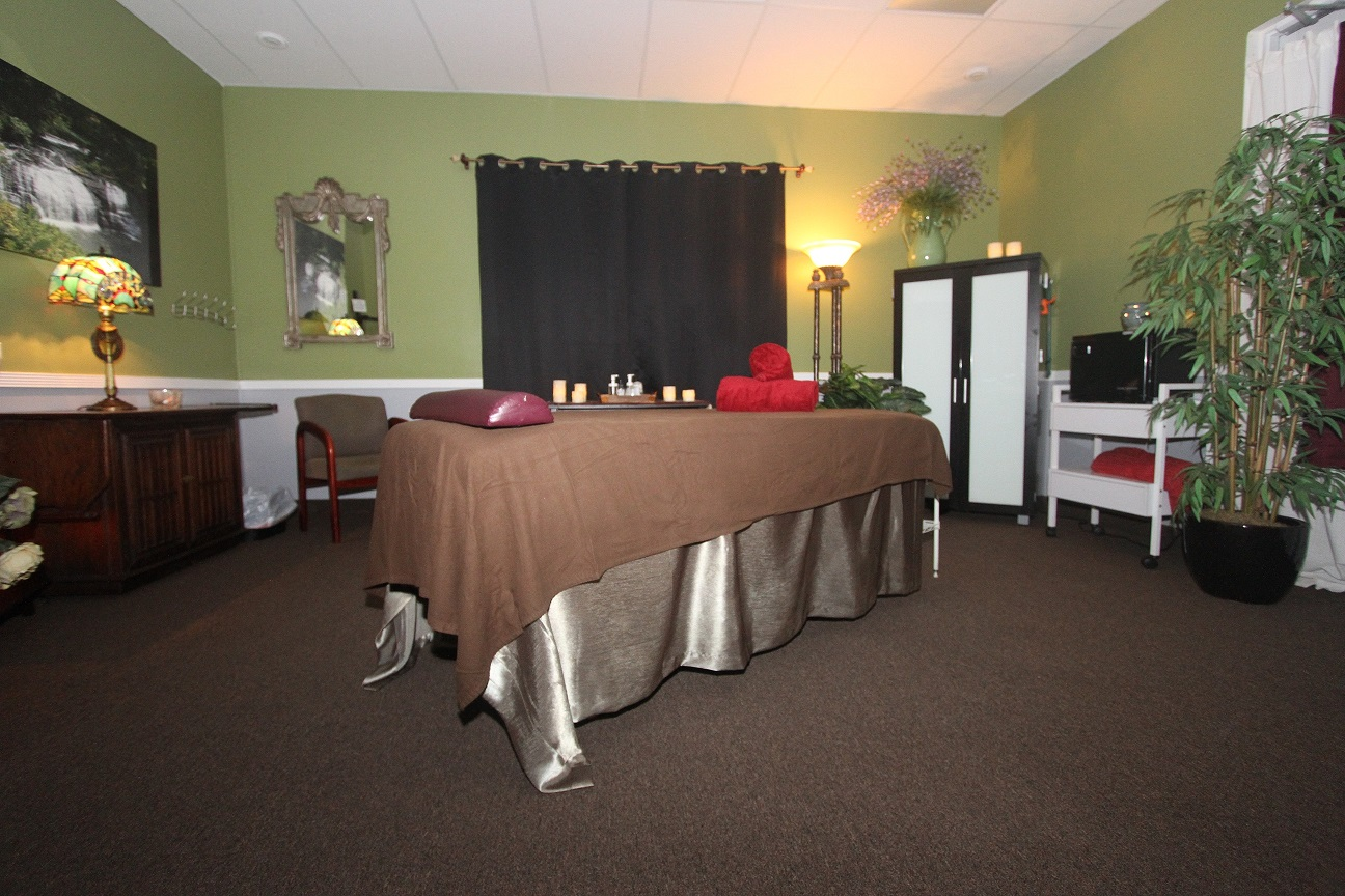 massage table in david's studio